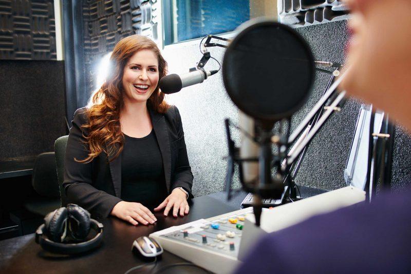 Radiojournalismus und die Arbeit im Hörfunk verstehen und umsetzen. Das lernen Sie im Seminarangebot von ProContent.