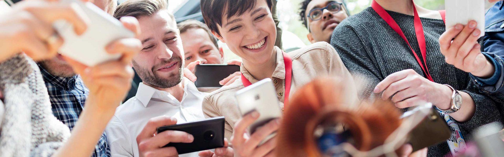 Social Media Workshops zu Themen wie Facebook und Instagram zeigen Ihnen, wie Sie richtig und zielführend mit den Medien arbeiten.